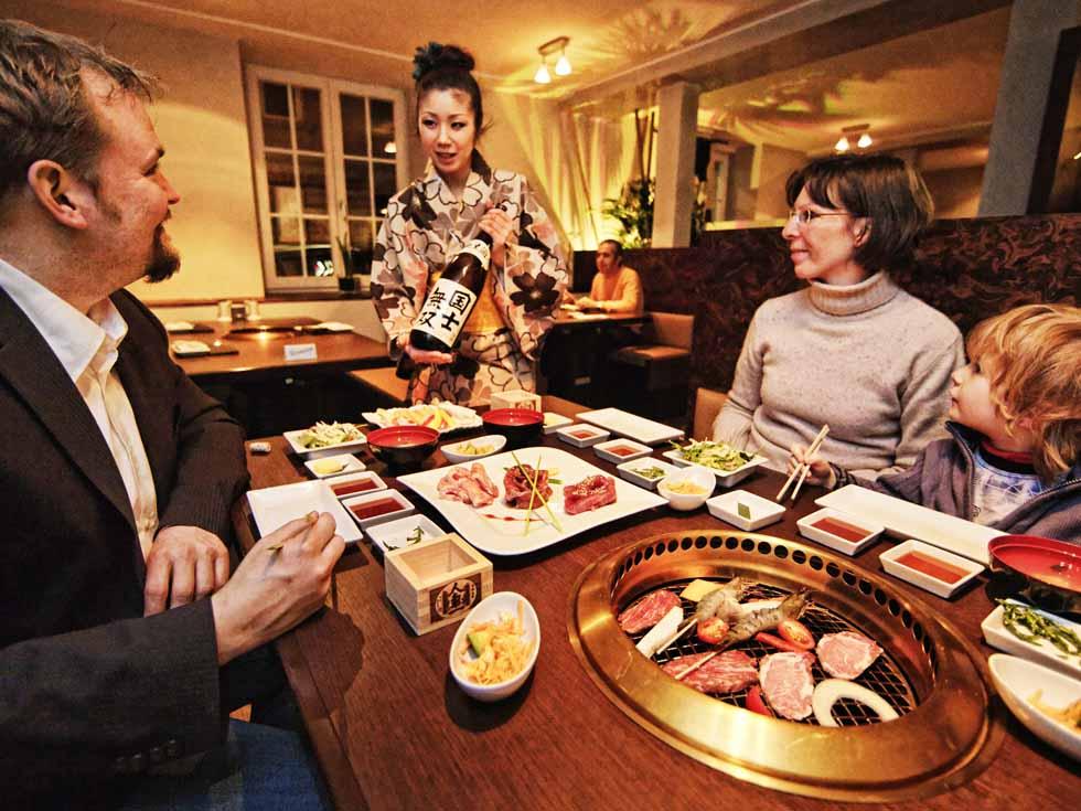 Japanisch Essen Gießen ~  Niveau › YAKINIKU Restaurant  Japanisch essen gehen in Stuttgart