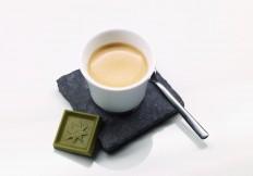 Kaffee-Gruenteeschokolade